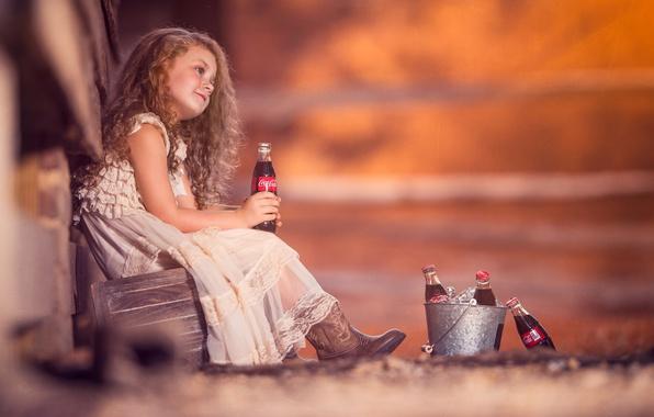 Картинка настроение, платье, девочка, бутылки, рыжая, кудри, рыжеволосая, Coca-Cola, боке, Кока-кола, ведёрко