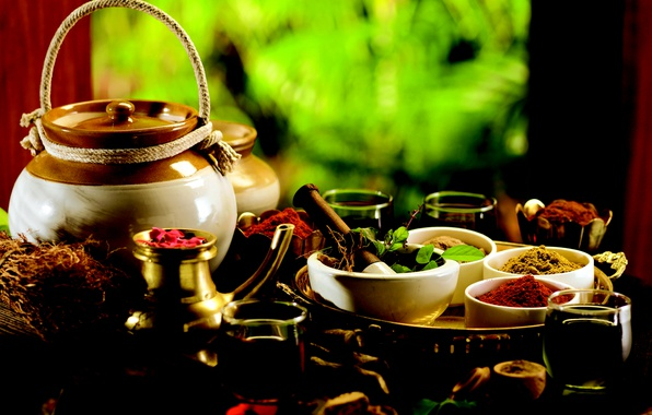 Картинка чаша, чайник, кувшин, рюмка, лекарство, поднос, специи, размытый задний фон, паприка, кориандр, медицина, настой, приправа, …