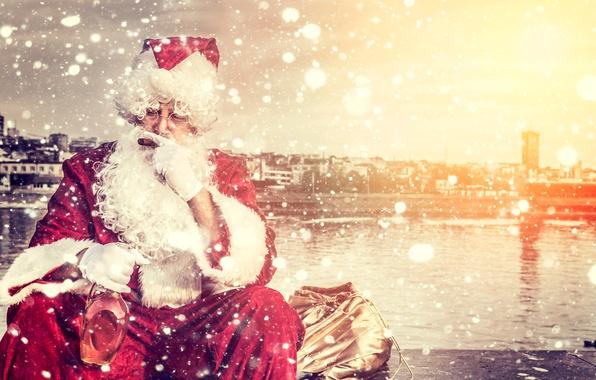 Картинка праздник, бутылка, сигара, Новый год, Санта Клаус, Дед Мороз