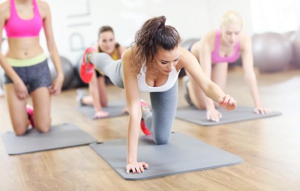 Картинка brunette, female, workout, fitness, yoga, class