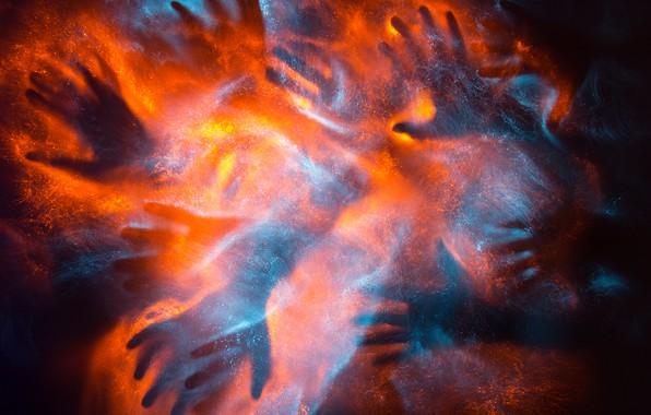 Картинка огонь, руки