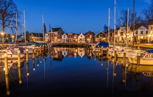 Картинка ночь, огни, отражение, дома, яхты, лодки, Нидерланды, гавань, Мидделхарнис