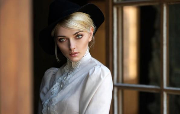 Картинка взгляд, модель, портрет, шляпа, макияж, прическа, блондинка, красотка, в белом, боке, Karina, Hans Jörg Leth