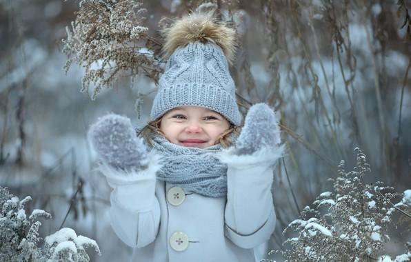 Картинка зима, счастье, улыбка, шапка, девочка, варежки