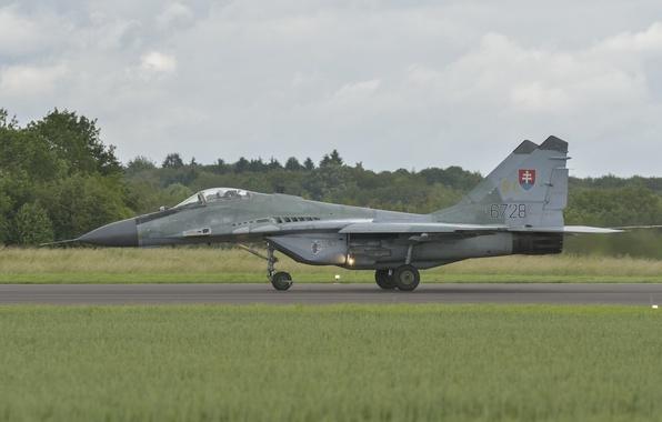 Картинка истребитель, MiG-29, МиГ-29, ВВС Словакии