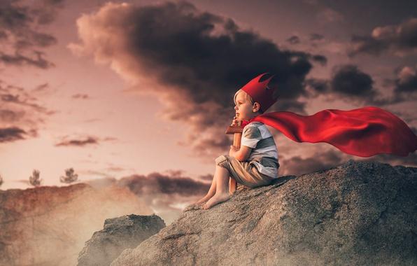 Фото обои тучи, камни, меч, мальчик, корона, принц, ребёнок