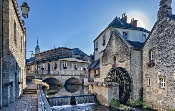 Картинка цветы, река, Франция, здания, дома, каскад, набережная, водяная мельница, France, Нормандия, Normandy, Aire River, река …