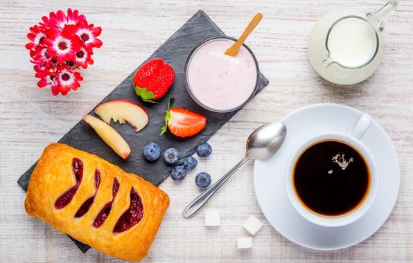 Картинка Кофе, Ягоды, Молоко, Ложка, Чашка, Еда, Завтрак, Выпечка, Примула