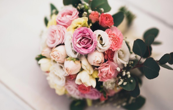 Картинка листья, цветы, розы, букет, желтые, лепестки, розовые, белые, бутоны