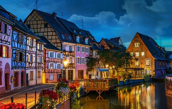 Картинка цветы, река, Франция, здания, дома, вечер, набережная, France, Colmar, Кольмар, Little Venice, Launch River