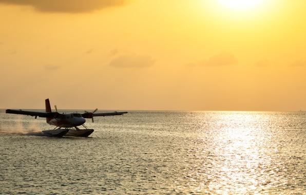 Картинка самолет, размытость, Мальдивы, боке, пассажирский, wallpaper., гидросамолет, seaplane, De Havilland, солнце утро океан, скользит водная …