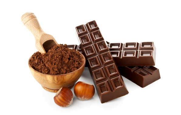 Картинка шоколад, чашка, белый фон, орехи, фундук, какао, батончик, порошок, совок