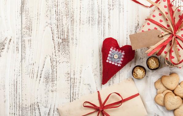 Картинка любовь, подарок, сердце, печенье, конфеты, сердечки, love, wood, romantic, hearts, chocolate, Valentine's Day, gift
