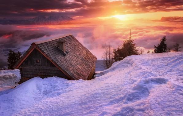 Картинка зима, солнце, облака, свет, снег, горы, домик