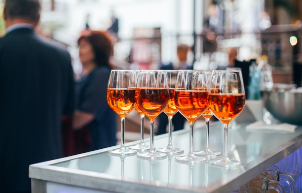 Картинка девушка, стол, люди, вино, женщина, человек, бар, бокалы, мужчина, выпивка, woman, wine, bar, people, man, …