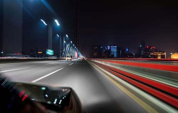 Картинка дорога, город, разметка, выдержка, размытость, автомобиль, ночной, высотки, боке, свет фар, wallpaper., feel of speed, …