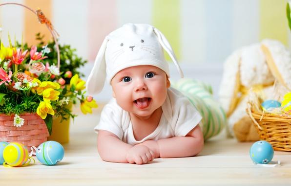 Картинка взгляд, цветы, корзина, шапка, ребенок, яйца, весна, Пасха, младенец, Easter, Holidays, Eggs, Infants