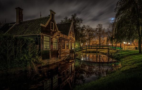 Картинка ночь, дома, канал, Нидерланды, мостик, Зансе-Сханс
