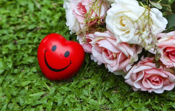Картинка лето, трава, любовь, сердце, розы, смайл, summer, love, heart, smile, pink, romantic, roses