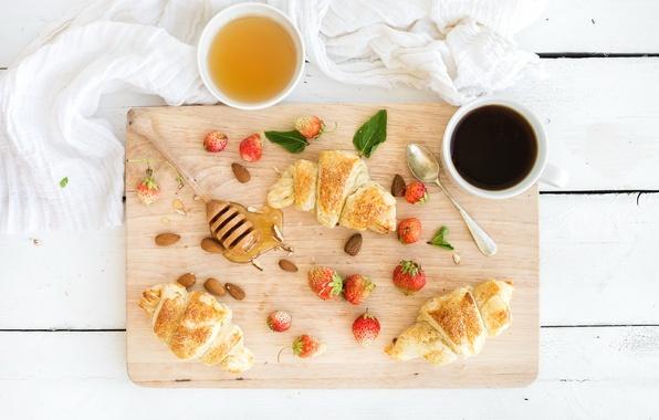 Картинка ягоды, кофе, завтрак, клубника, мед, coffee cup, strawberry, breakfast, круассан, croissants