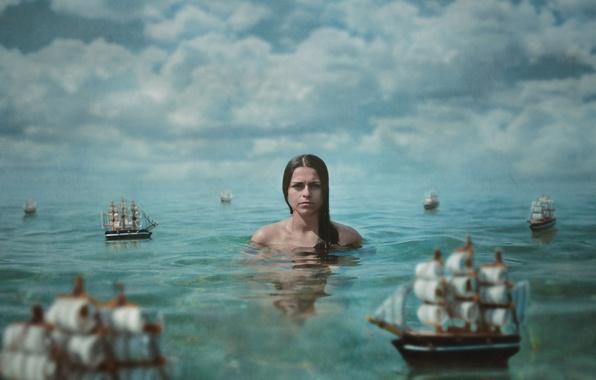 Картинка море, вода, девушка, облака, ситуация, текстура, кораблики, парусники