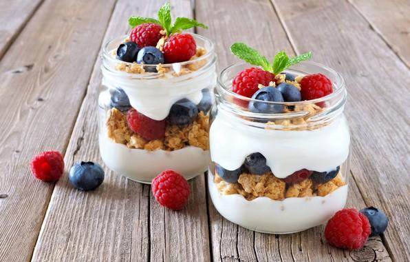 Картинка ягоды, завтрак, баночки, мюсли, йогурт