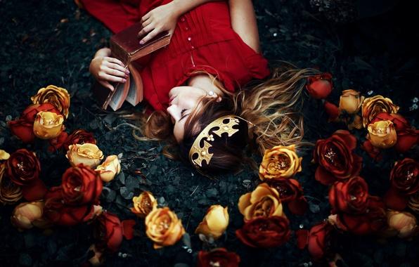 Картинка девушка, цветы, сон, корона, книга, Ronny Garcia, My wonderland