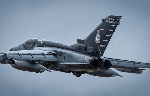 Картинка полёт, летит, Tornado GR4, боевой самолёт