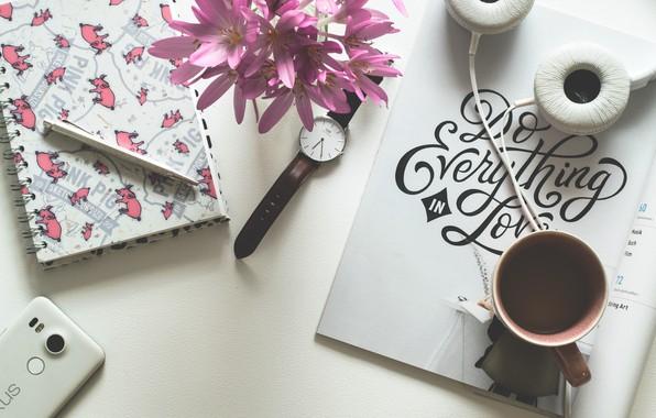 Картинка надпись, кофе, наушники, ручка, чашка, блокнот