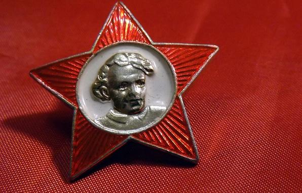 Картинка СССР, ФОН, ЗВЕЗДА, КРАСНЫЙ, ПОРТРЕТ, ЗНАЧОК, ЛЕНИН, ОКТЯБРЁНОК, ШКОЛА, НОСТАЛЬГИЯ