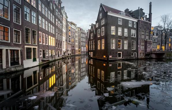 Картинка вода, город, дома, лёд, Амстердам, канал, Нидерланды