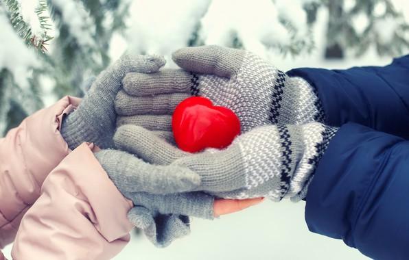 Картинка зима, снег, любовь, сердце, love, heart, winter, варежки, snow, romantic, sweet, hands