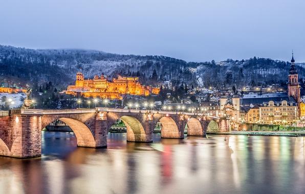 Картинка зима, горы, мост, река, замок, здания, Германия, ночной город, Germany, Старый мост, Баден-Вюртемберг, Baden-Württemberg, Heidelberg, …