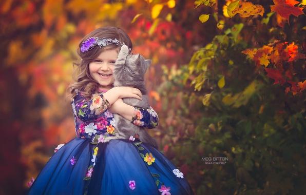 Картинка осень, улыбка, настроение, платье, девочка, котёнок, друзья
