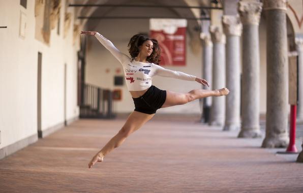 Картинка девушка, настроение, танец, Alexandrina Calancea