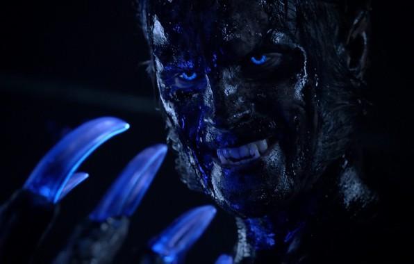 Картинка глаза, взгляд, dark, когти, клыки, оскал, сериал, чудовище, blue eyes, power, химера, man, MTV, face, …