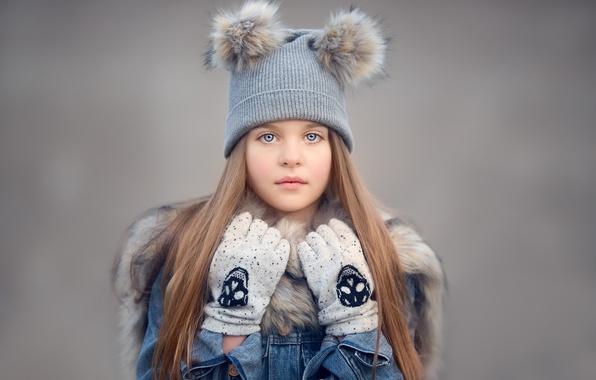 Картинка взгляд, фон, настроение, шапка, девочка, перчатки
