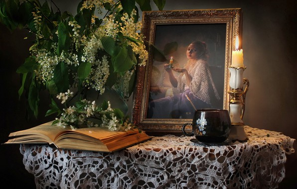 Картинка портрет, свеча, чашка, книга, натюрморт, черемуха