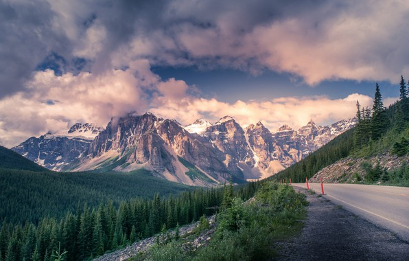 Обои дорога, облака, горы, красота