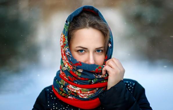 Картинка портрет, губки, платок, голубоглазая, Ксения, фотограф Сергей Сергеев