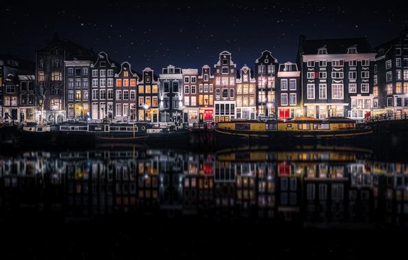 Картинка отражения, ночь, город, дома, Амстердам, Нидерланды