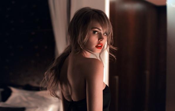 Девушка модель прелести фото 581-231
