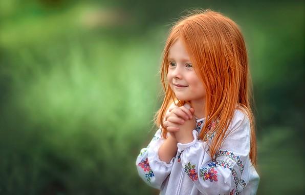 Картинка радость, фон, девочка, рыжая, рыжеволосая, вышивка