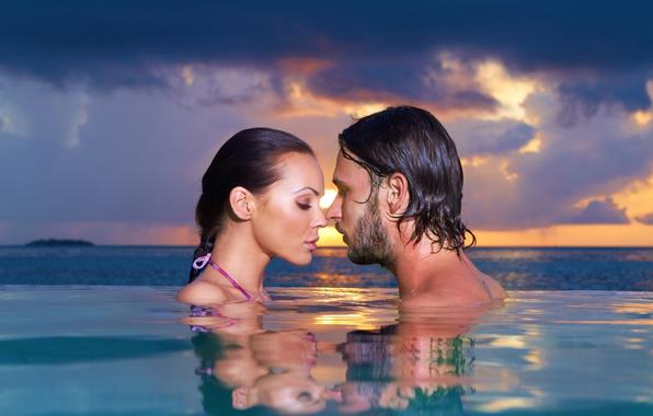 Картинка girl, love, sky, sea, landscape, woman, sunset, water, evening, man, boy, mood, couple, face, Romantic, …