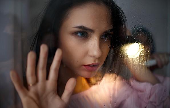 Картинка стекло, девушка, капли, свет, Ivan Losev