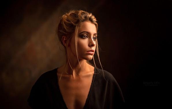 Картинка модель, портрет, макияж, прическа, шатенка, полумрак, красотка, боке, Ксения Кокорева, Ksenia Kokoreva, Grigoriy Lifin