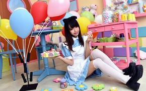 Картинка взгляд, девушка, шарики, лицо, праздник, волосы, сладости, форма, ножки