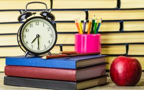 Обои часы, книги, яблоко, карандаши, будильник