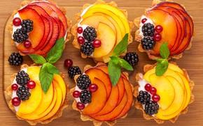 Картинка яблоки, пирожное, десерт, смородина, ежевика