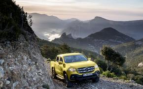 Картинка пейзаж, горы, камни, жёлтый, обрыв, растительность, Mercedes-Benz, долина, пикап, порода, 2017, X-Class